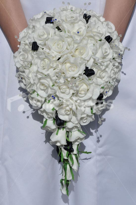 artificial wedding bouquets with crystals photo - 1