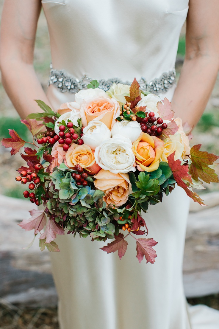 autumn wedding bouquets photo - 1