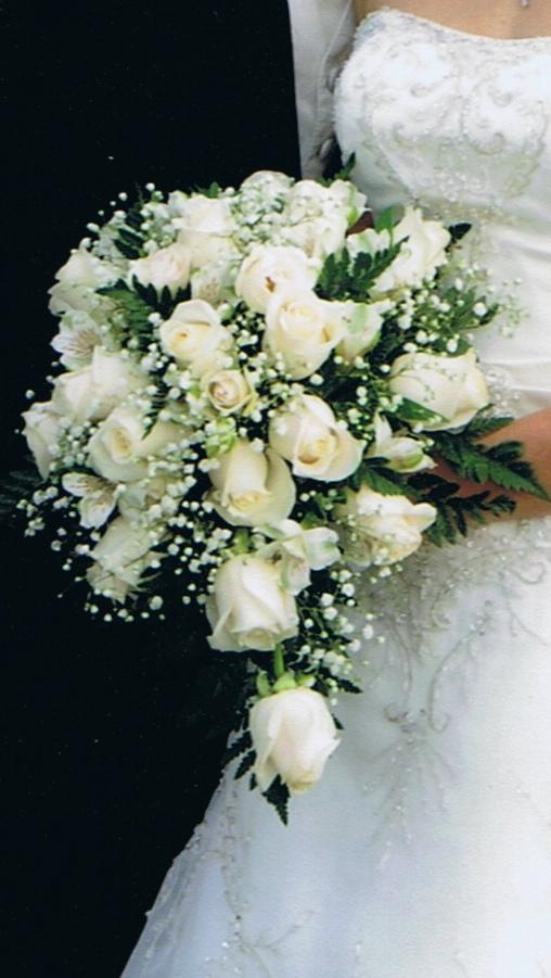 babys breath wedding bouquet photo - 1