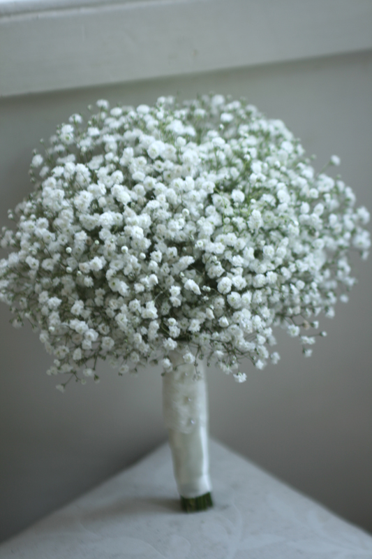 babys breath wedding flowers photo - 1