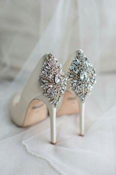 badgley mischka bridal shoes flats photo - 1