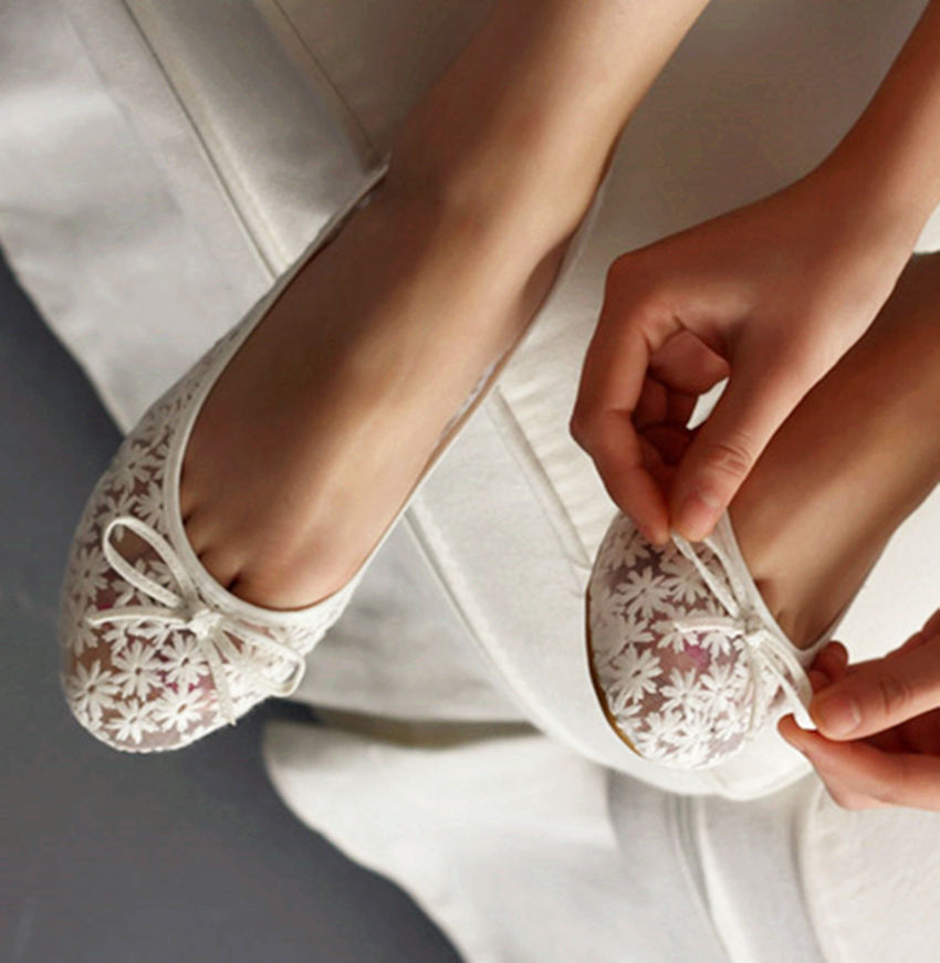 ballet flat wedding shoes photo - 1