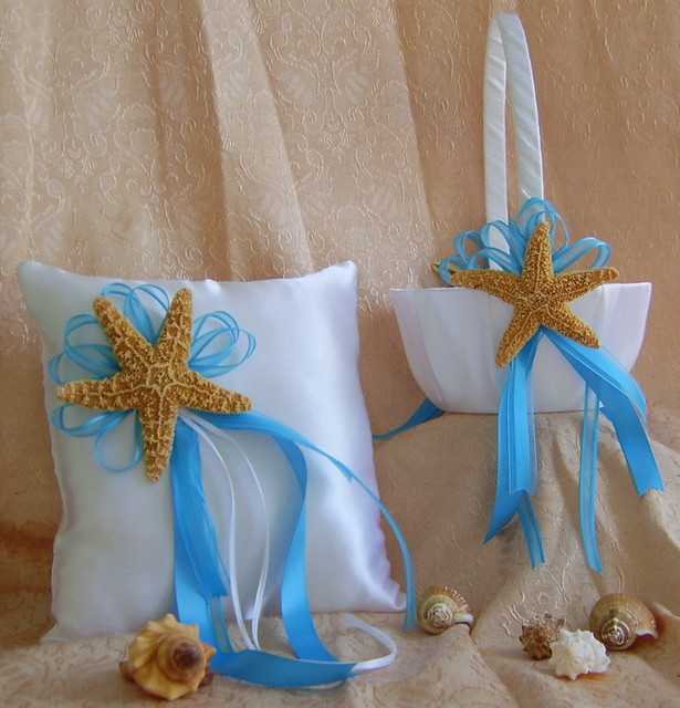 beach theme wedding flower bouquets photo - 1