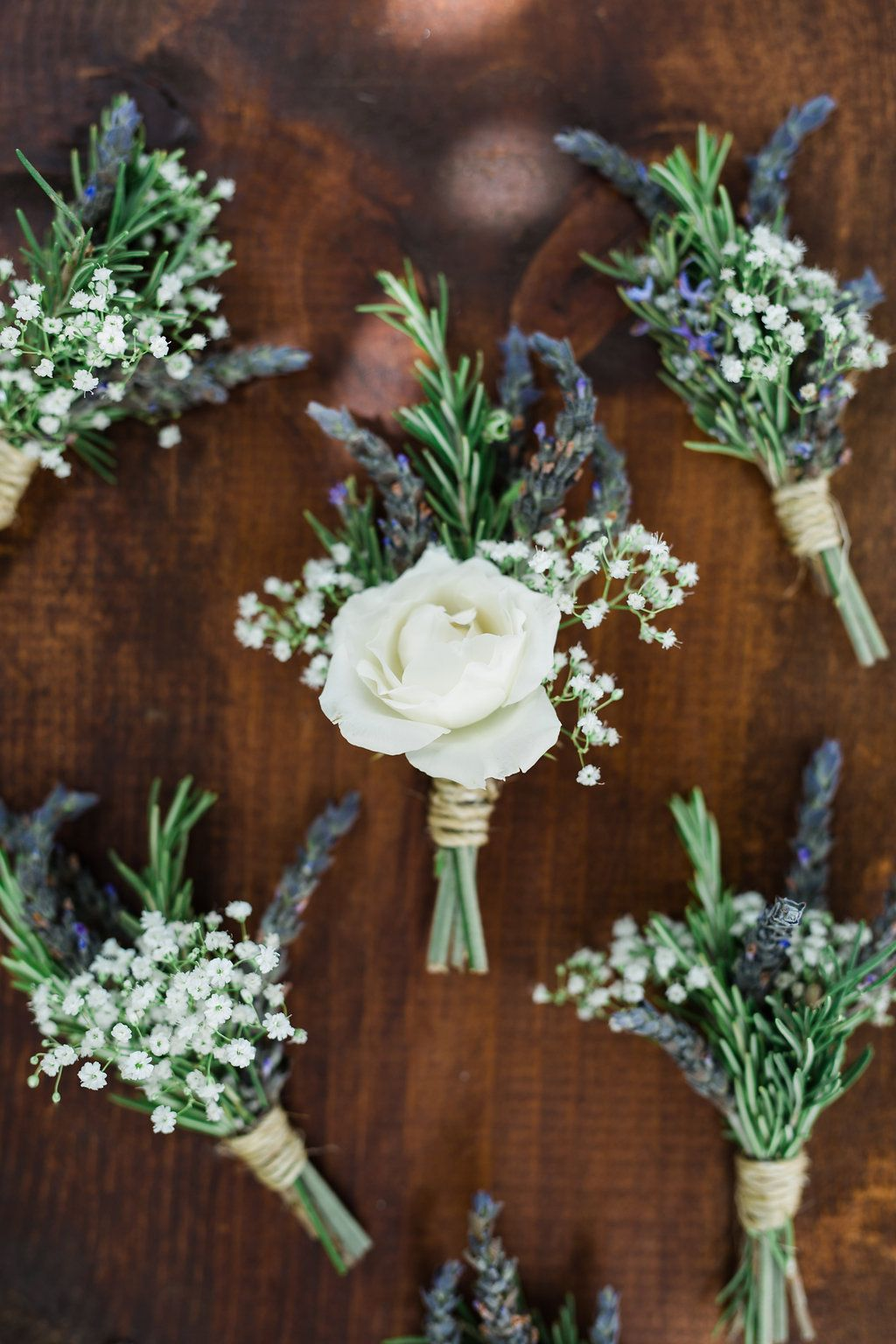 beach wedding bouquets and boutonnieres photo - 1