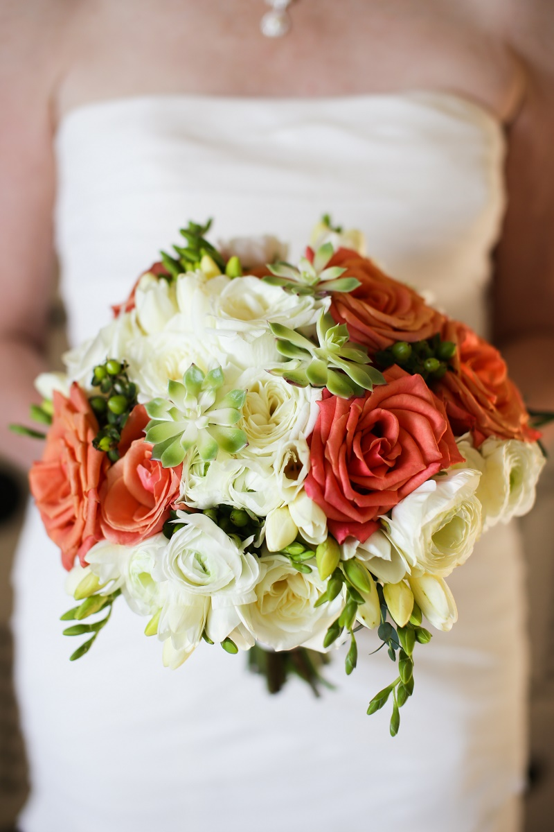 beach wedding bridal bouquets photo - 1