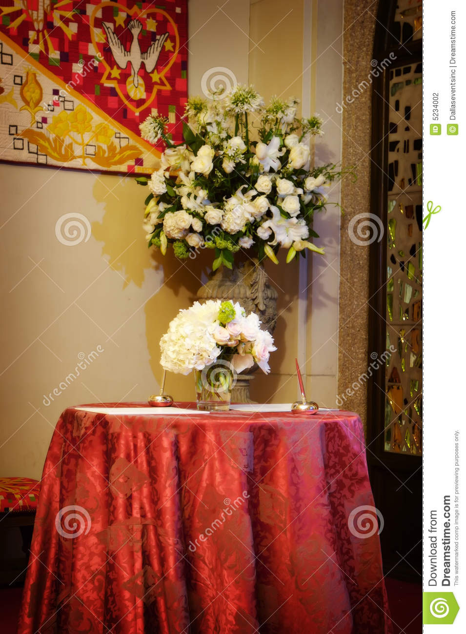 beautiful wedding flowers photo - 1