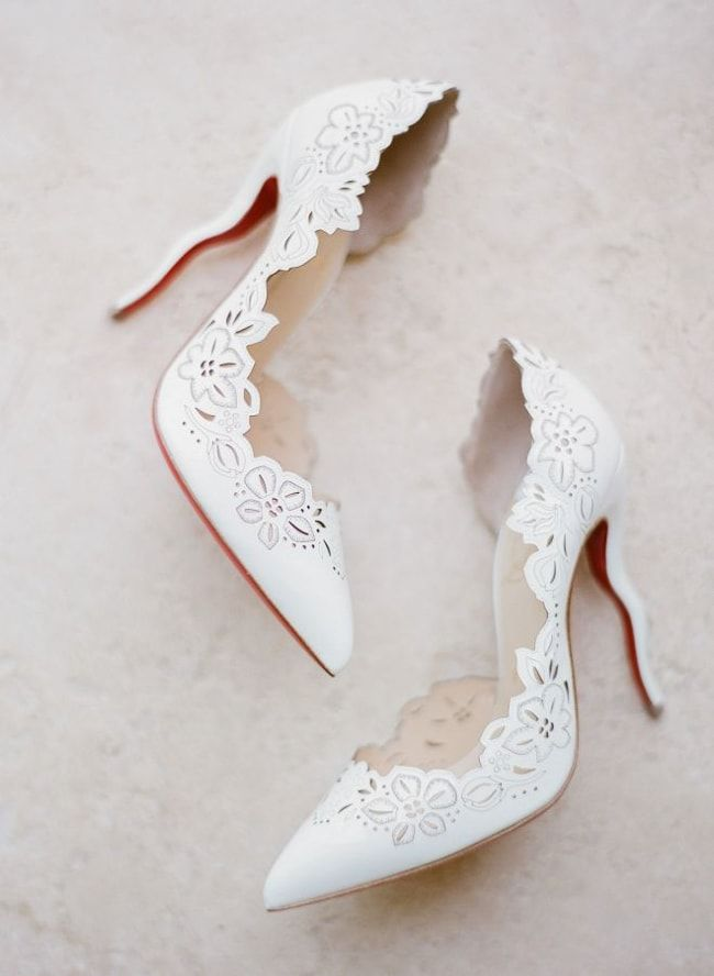 best bridal shoes for outdoor wedding photo - 1