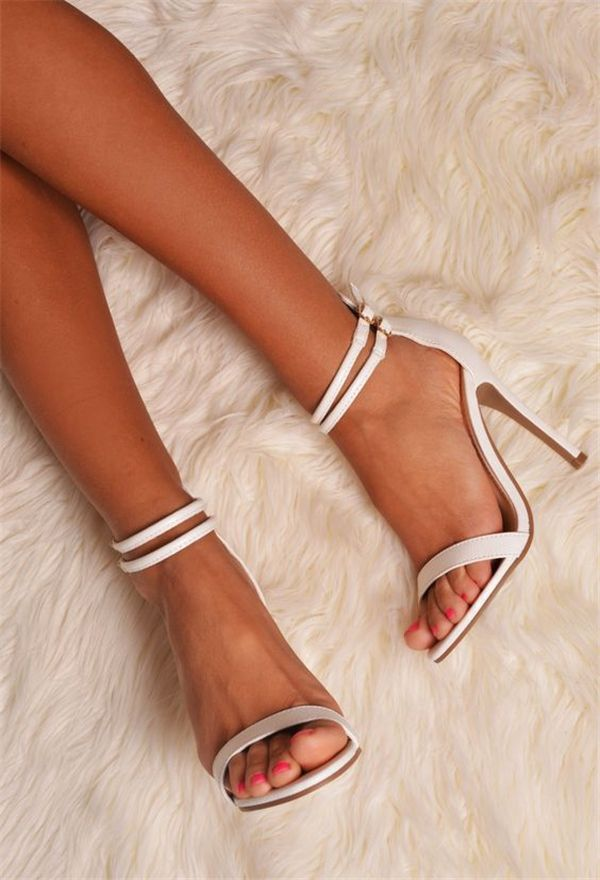 best wedding shoes for bride photo - 1