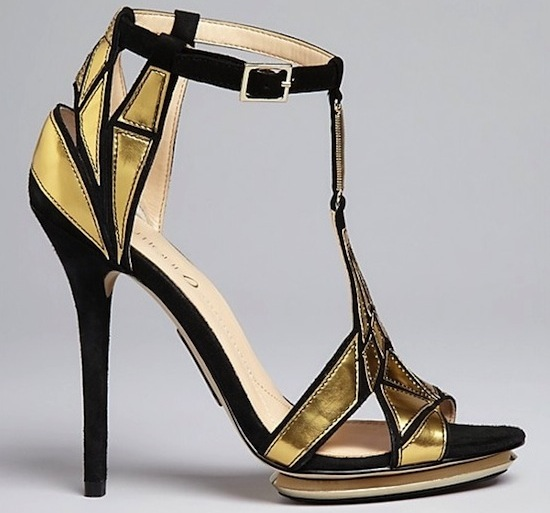 black and gold wedding shoes photo - 1