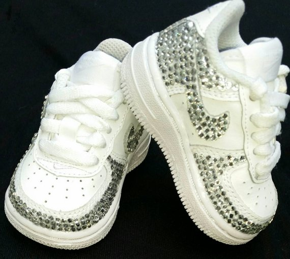bling tennis shoes for wedding photo - 1