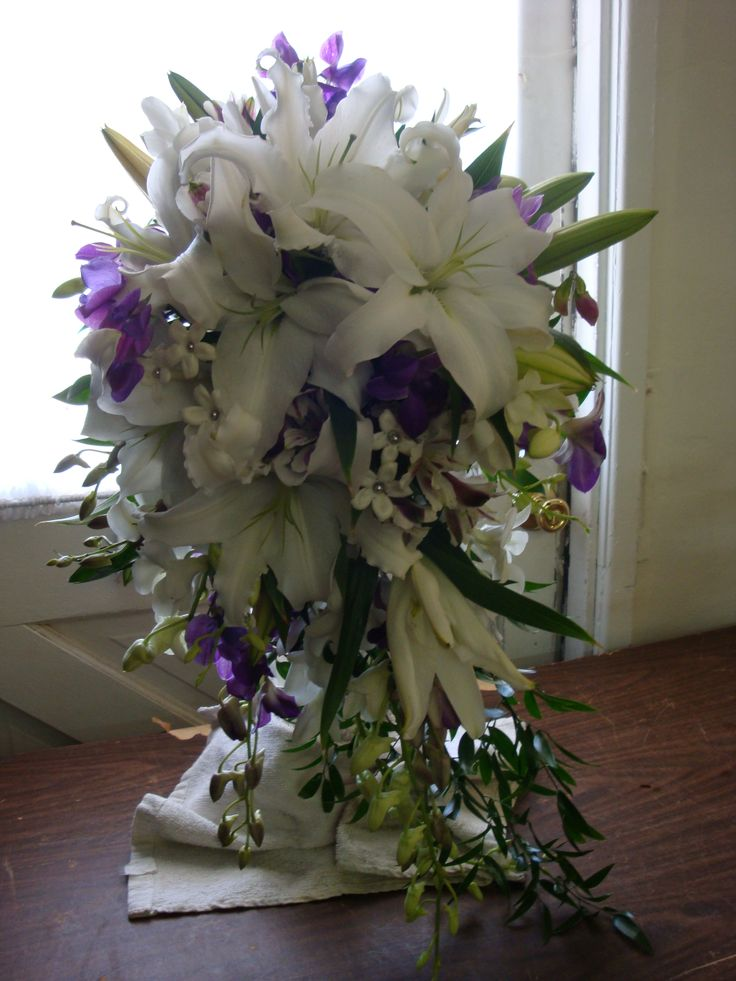 blue and silver wedding bouquets photo - 1