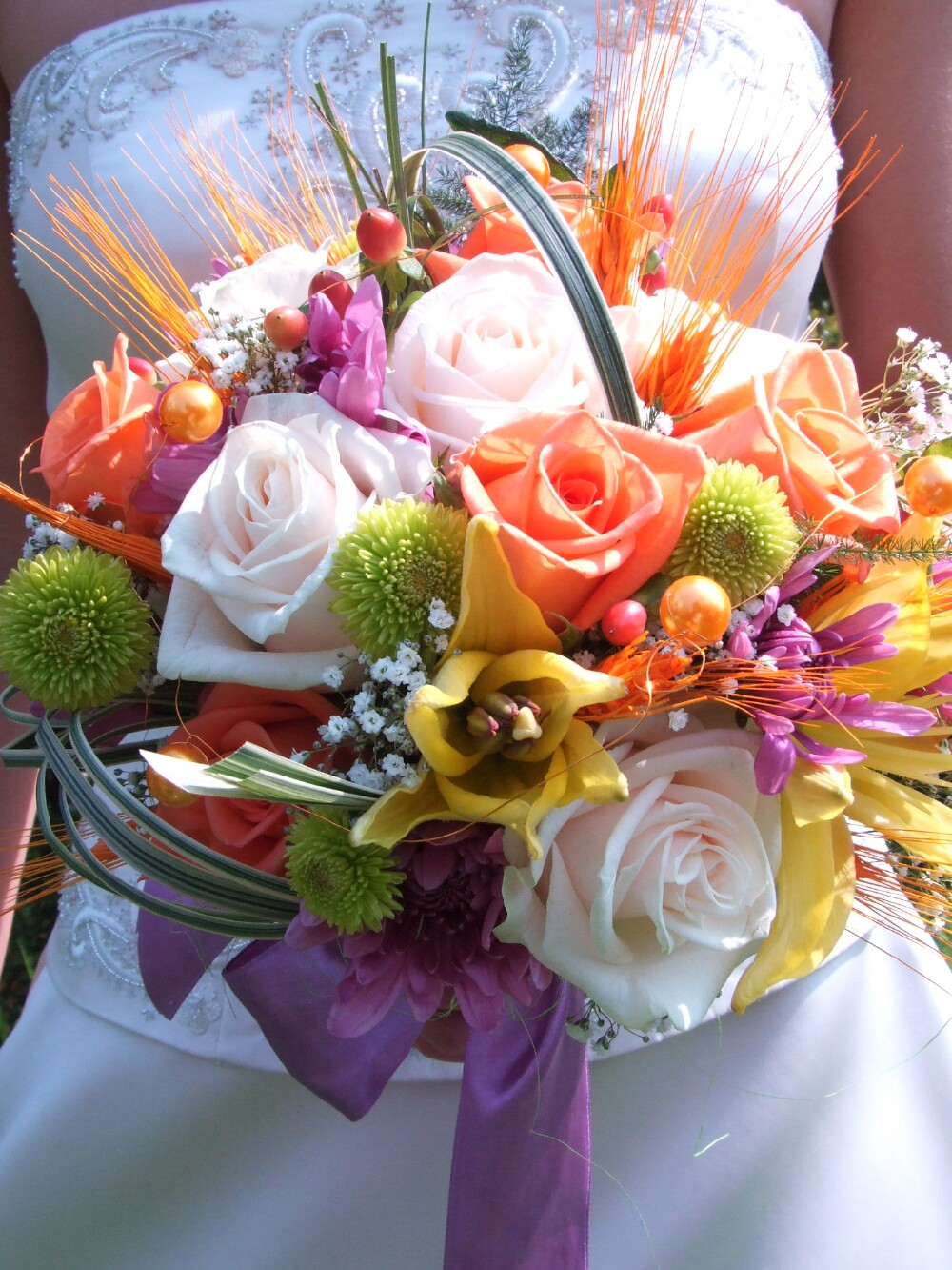 bouquet of flowers wedding photo - 1
