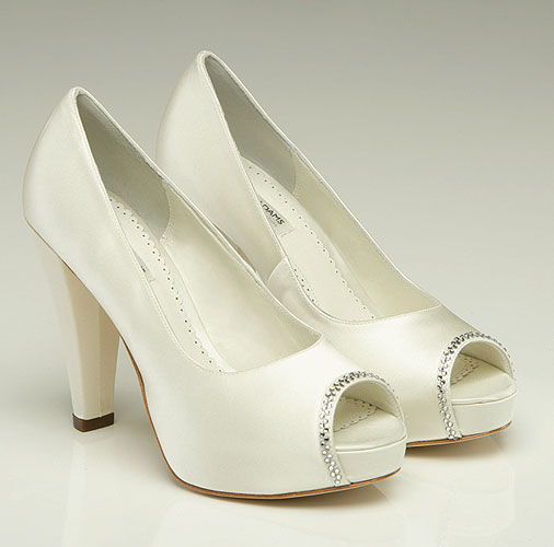 bridal shoes photo - 1