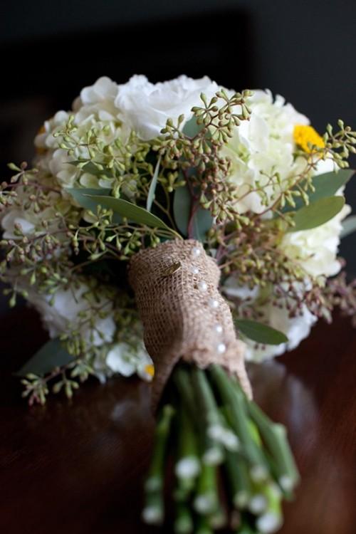 burlap wedding bouquets photo - 1