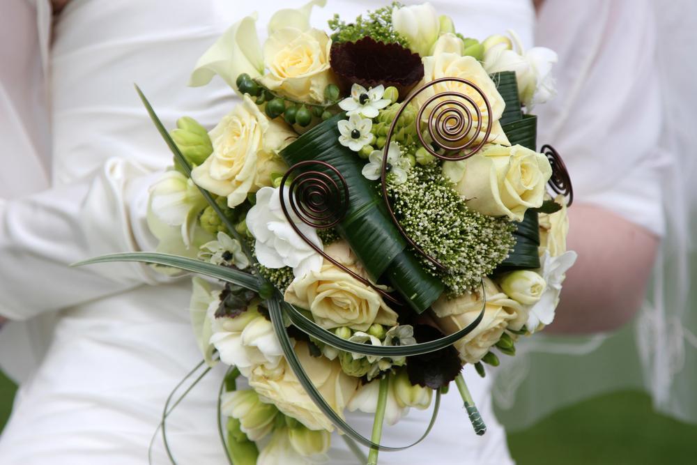 celtic wedding bouquets photo - 1