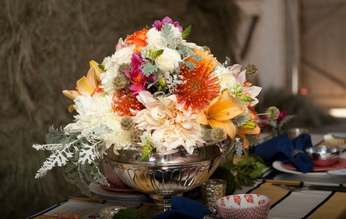 central market wedding flowers photo - 1