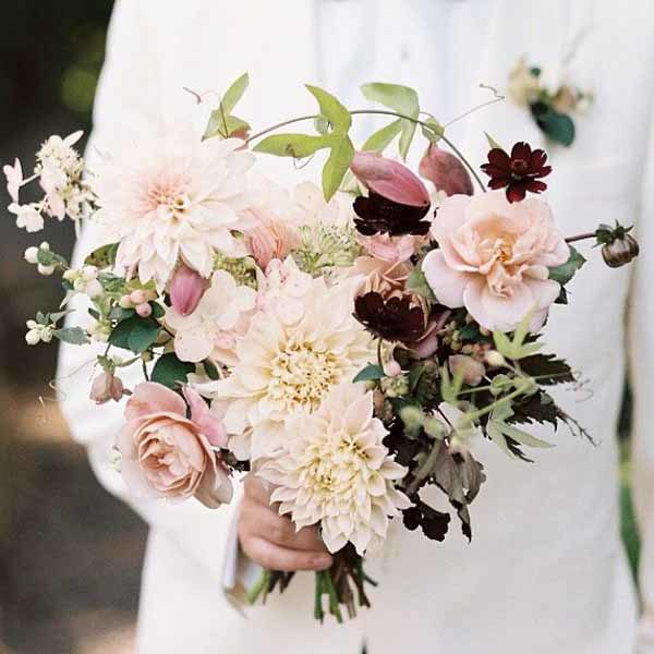 champagne colored wedding bouquets photo - 1