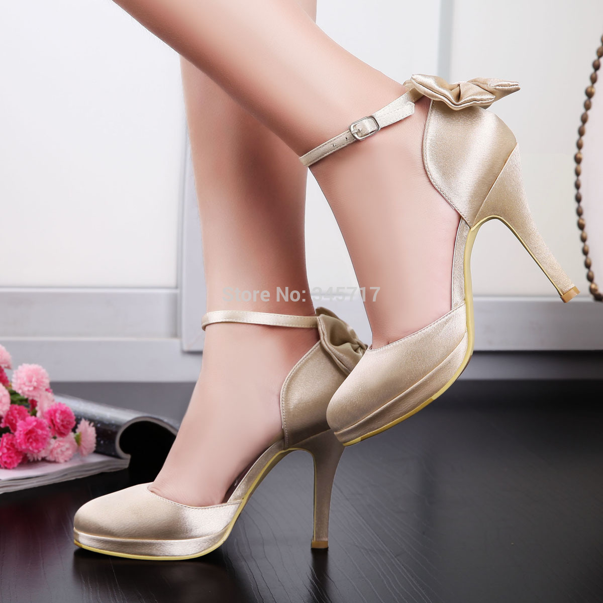 champagne wedding shoes photo - 1