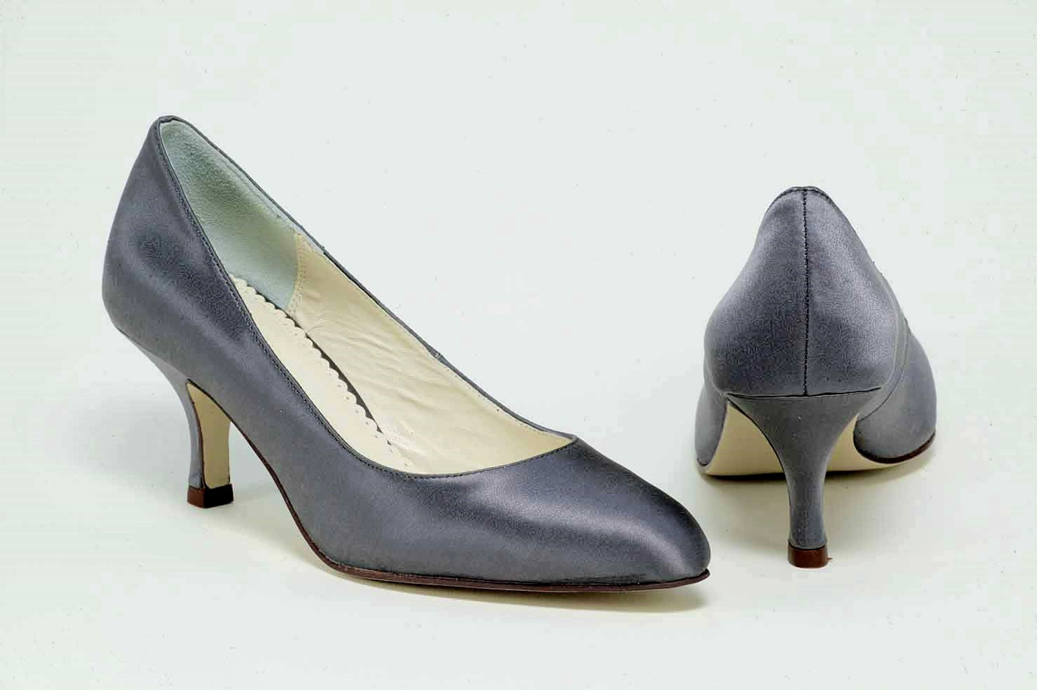 charcoal grey shoes wedding photo - 1