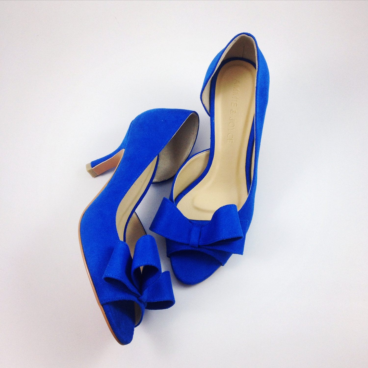cobalt blue bridal shoes photo - 1