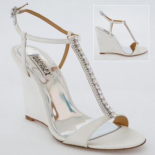 comfortable wedge wedding shoes photo - 1