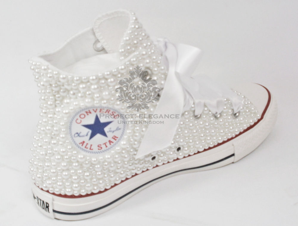 converse shoes wedding photo - 1