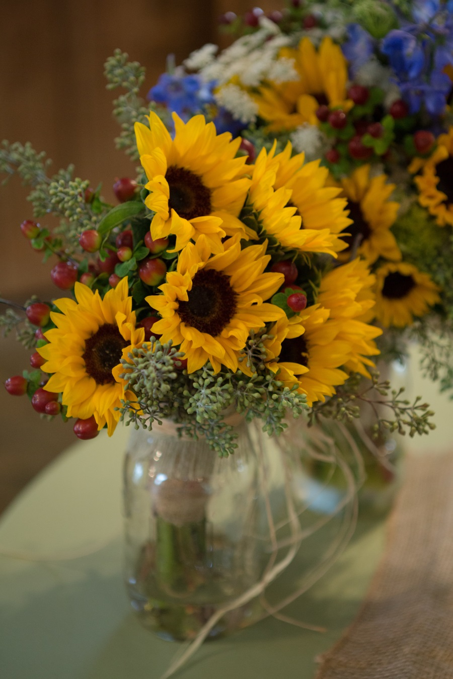 country wedding bouquets photo - 1