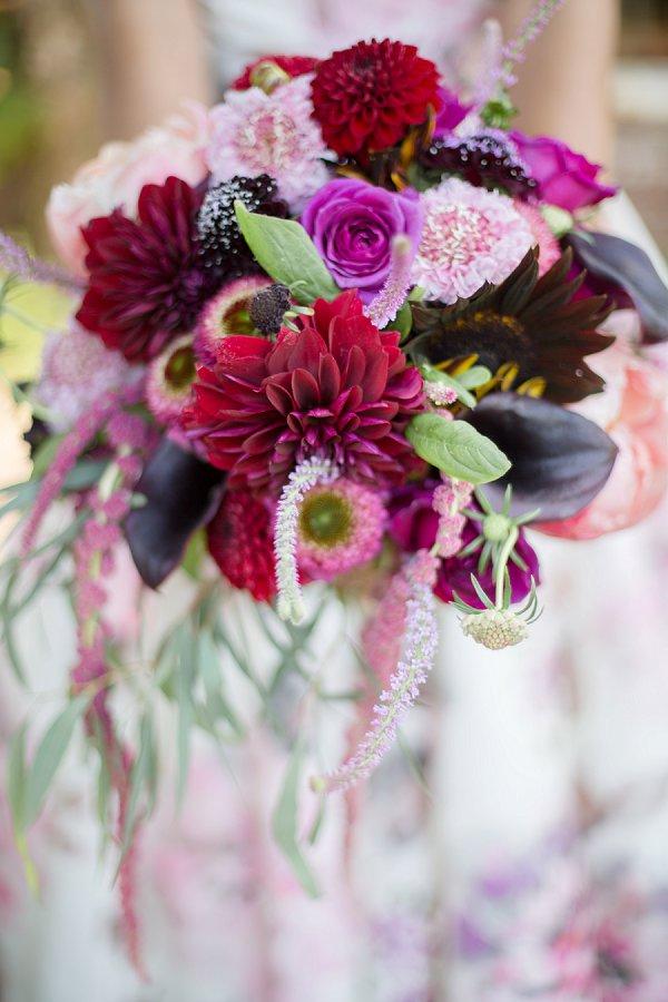 dahlias wedding bouquets photo - 1