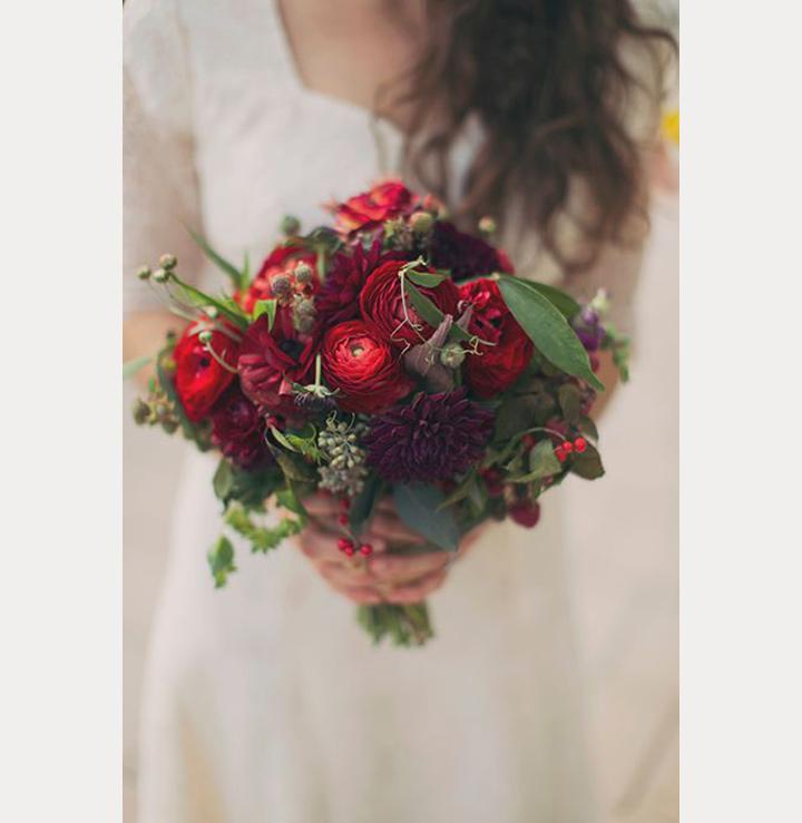 dark red wedding bouquets photo - 1
