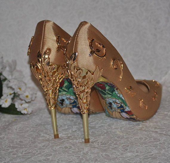 designer silver wedding shoes photo - 1