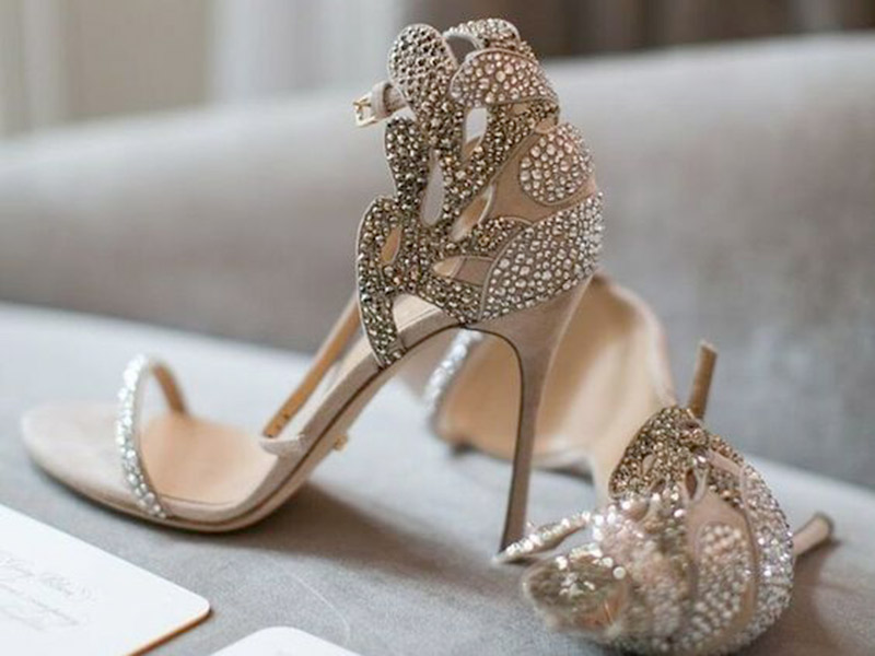 designer wedding shoes for bride photo - 1