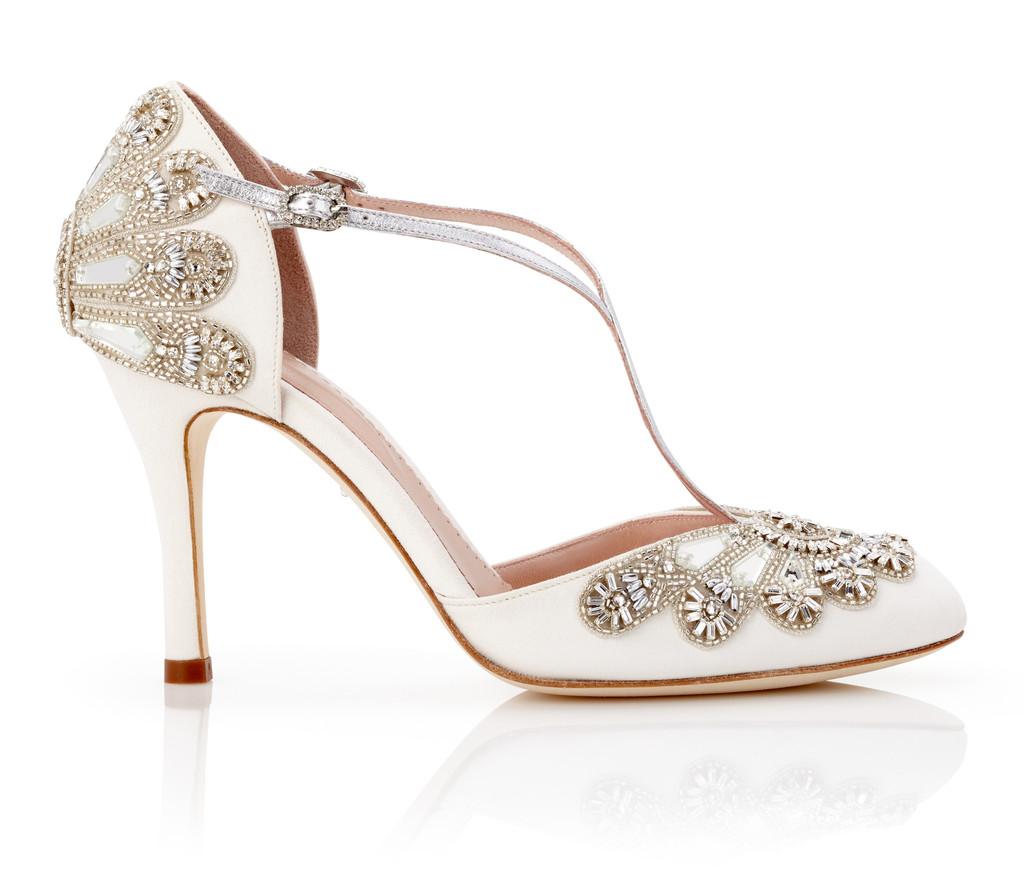 elegant bridal shoes photo - 1