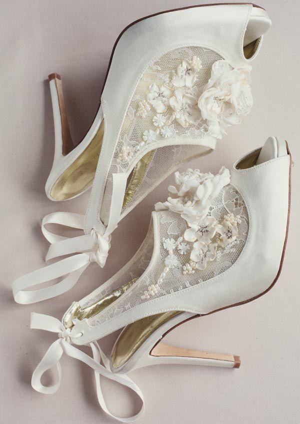 embellished bridal shoes photo - 1