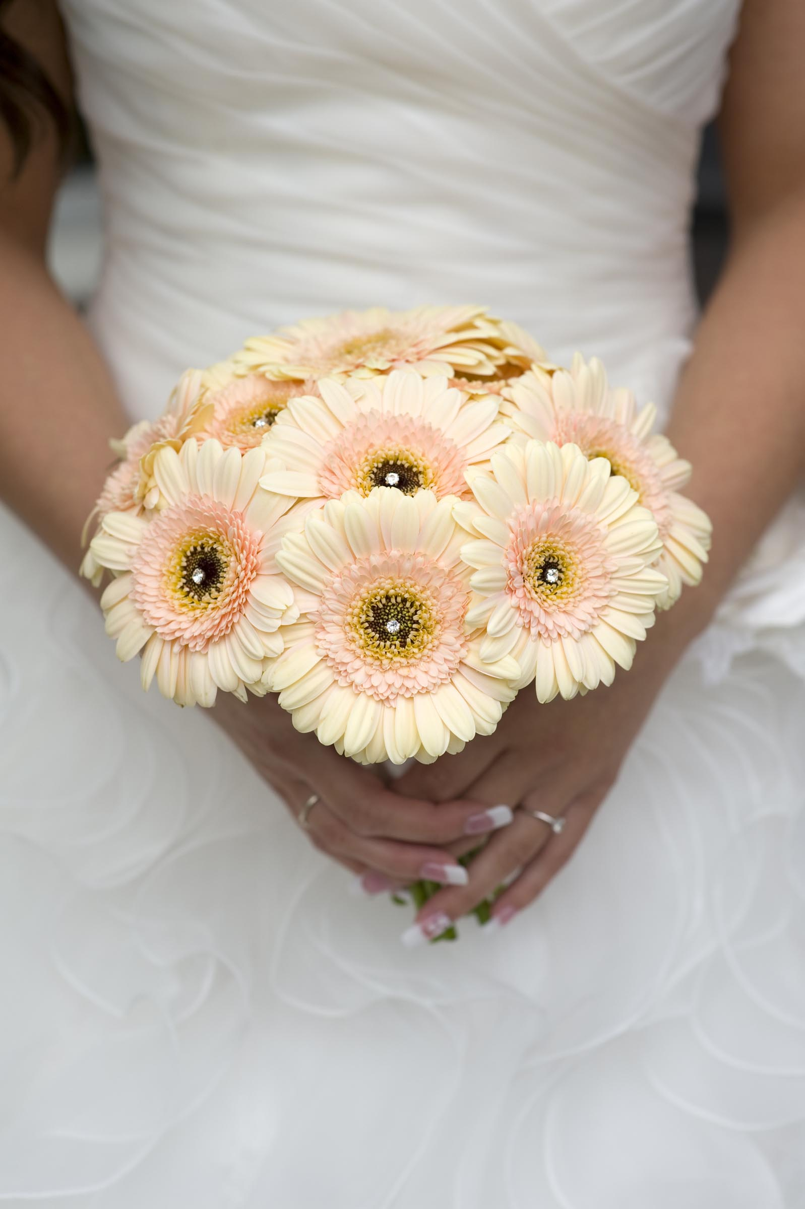 fall color wedding bouquets photo - 1
