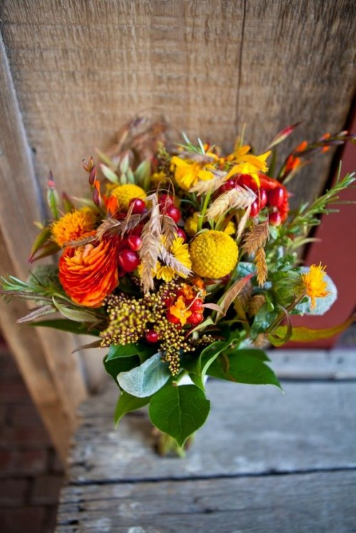 fall colors wedding bouquets photo - 1
