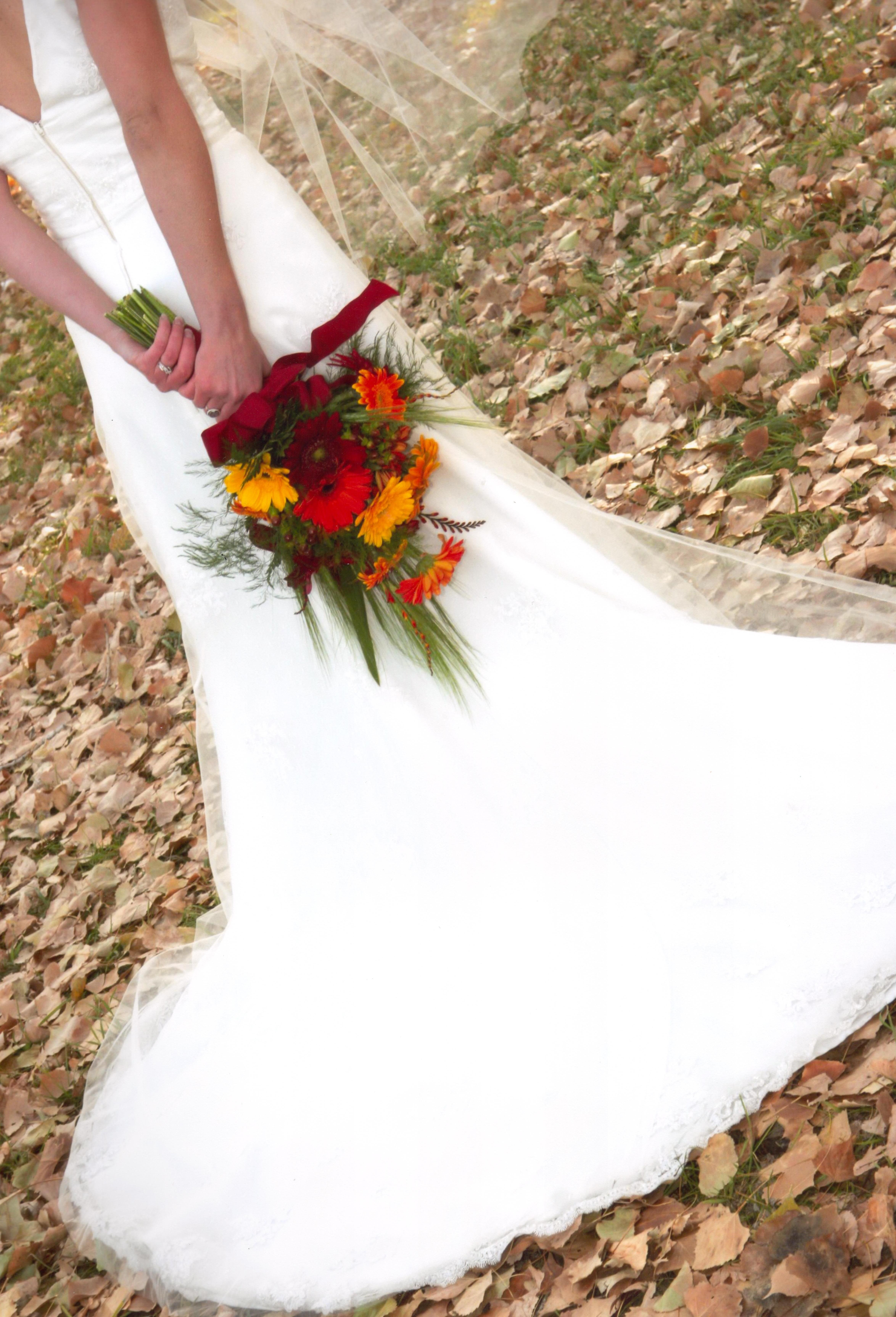 fall gerbera daisies wedding bouquets photo - 1