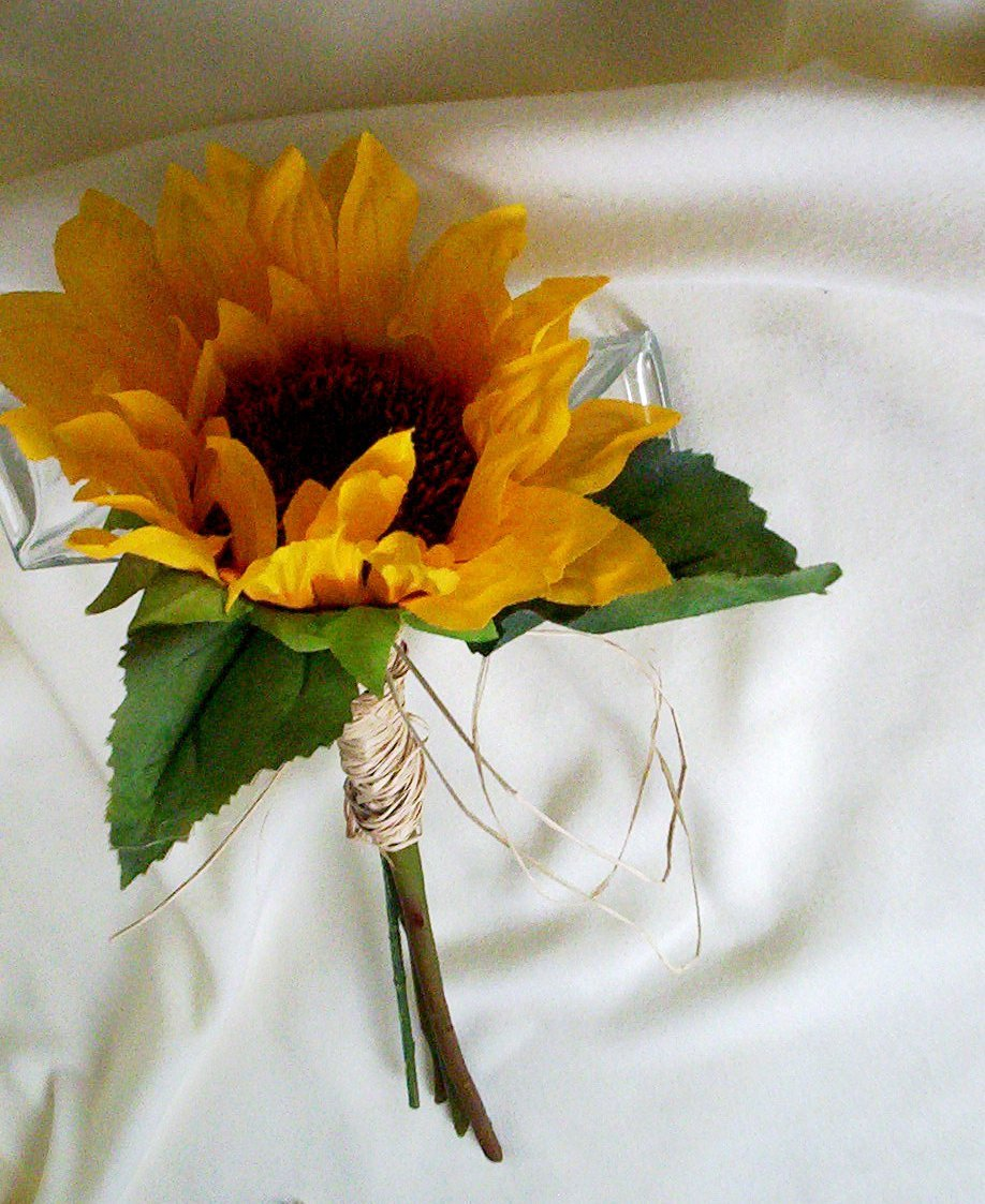 fall sunflower wedding bouquets photo - 1