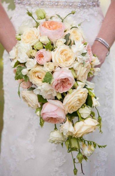 faux wedding bouquets photo - 1