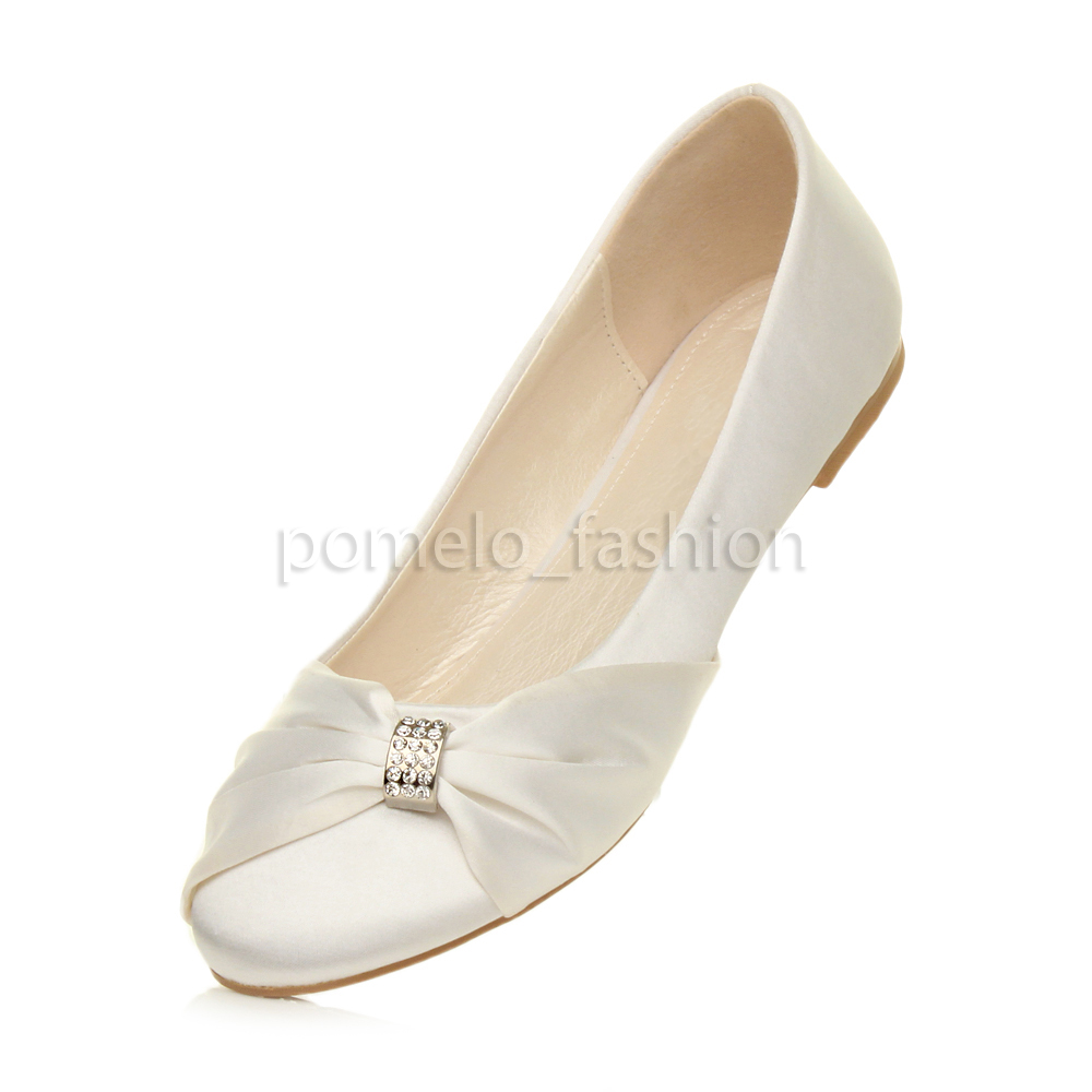 flat white wedding shoes photo - 1