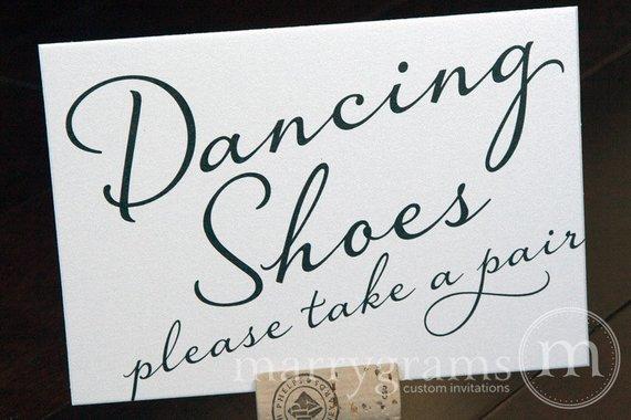 flip flop wedding shoes photo - 1