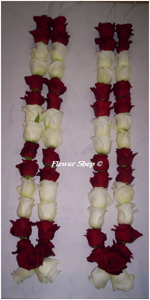 flower petals for wedding photo - 1