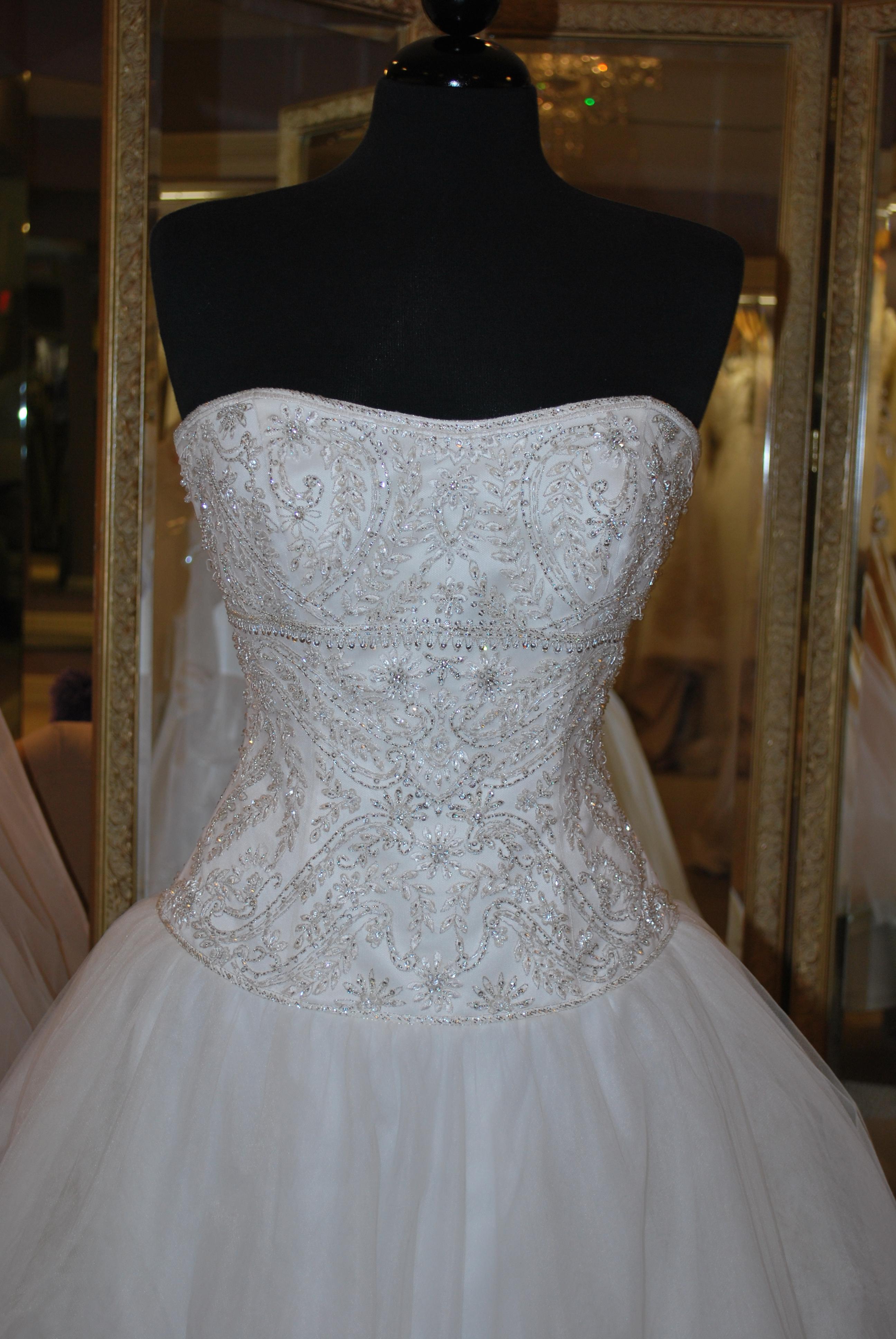flower wedding dresses photo - 1