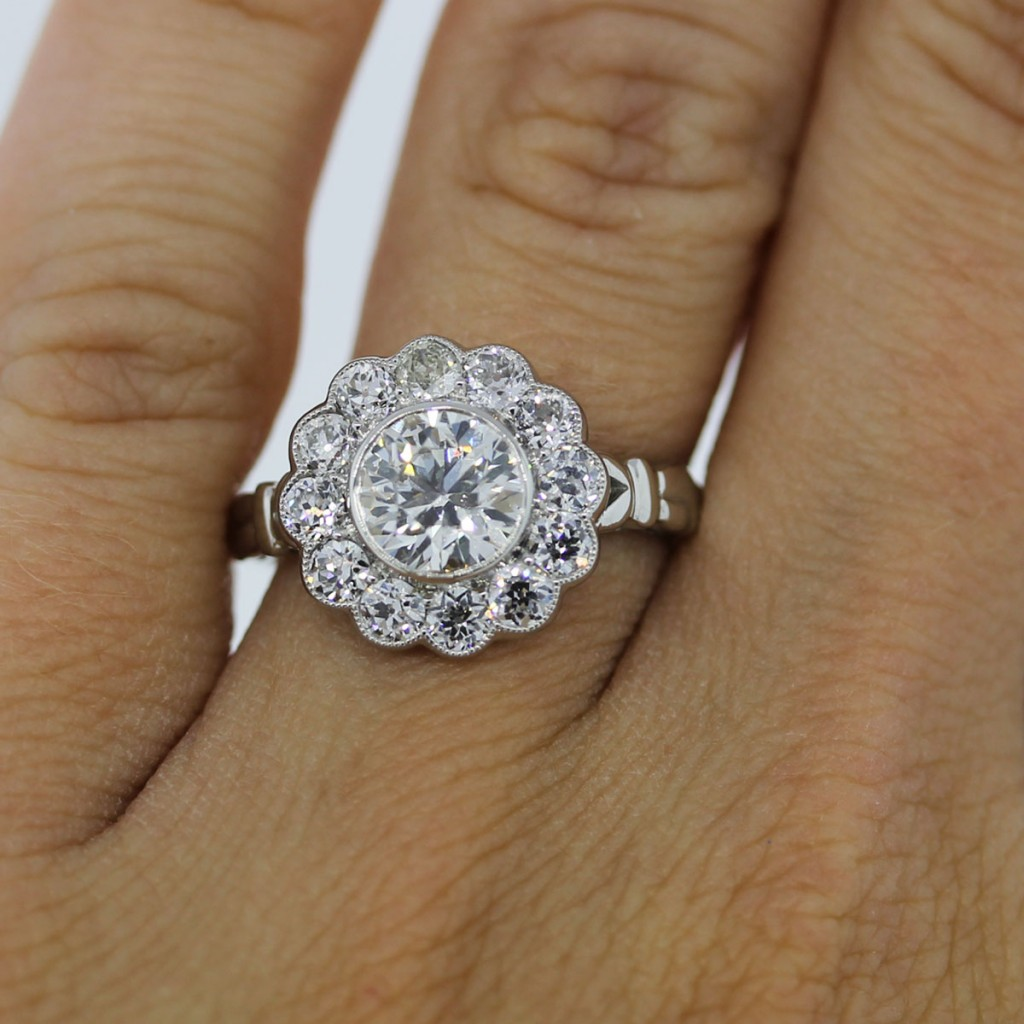 flower wedding ring photo - 1