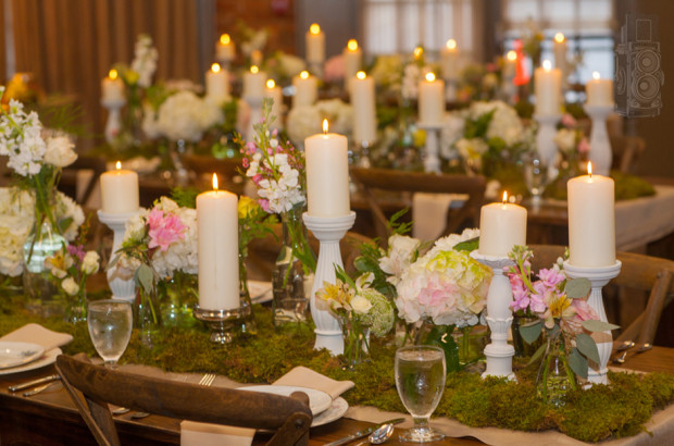 flowers for tables at wedding reception photo - 1