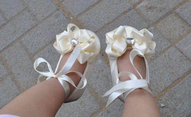 girls shoes for wedding photo - 1