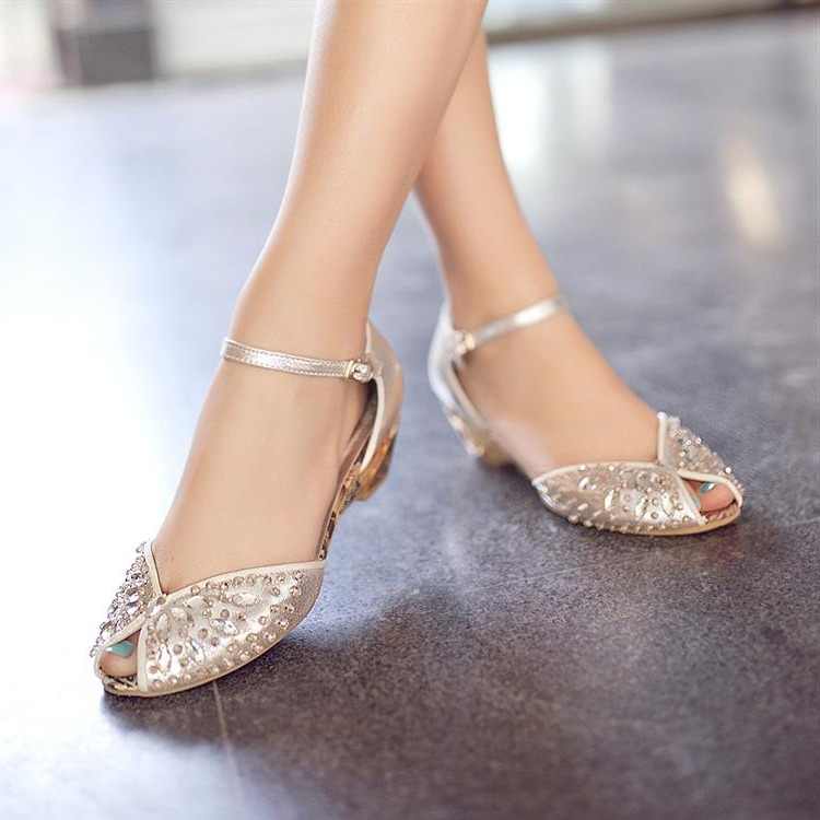 gold flat shoes for wedding photo - 1