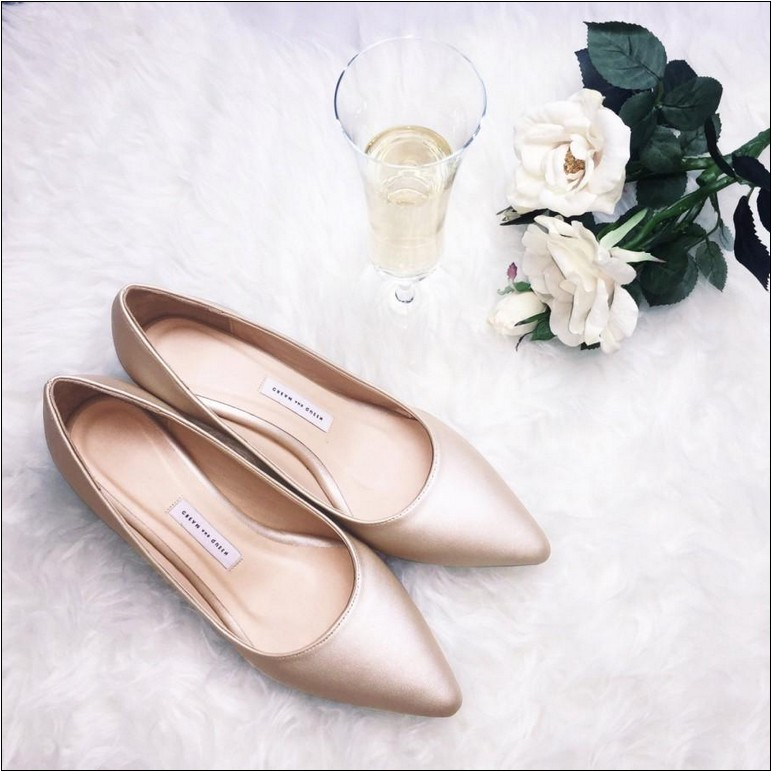 gold wedding shoes for bridesmaids photo - 1
