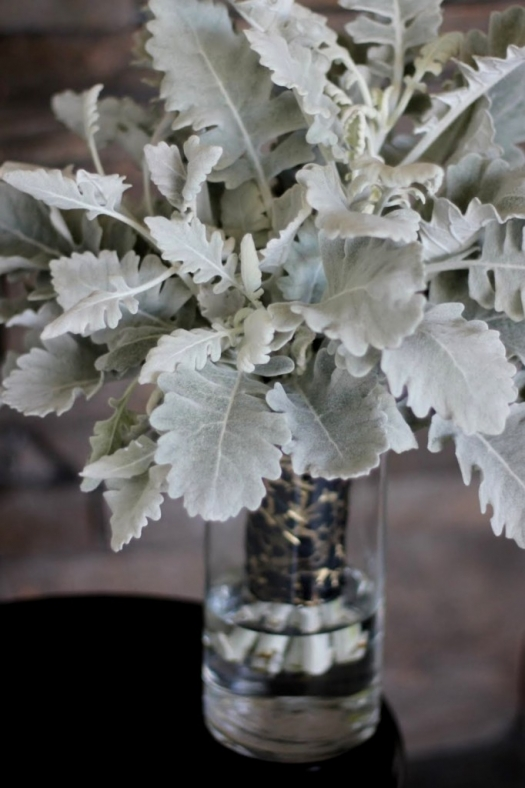 green wedding bouquet photo - 1