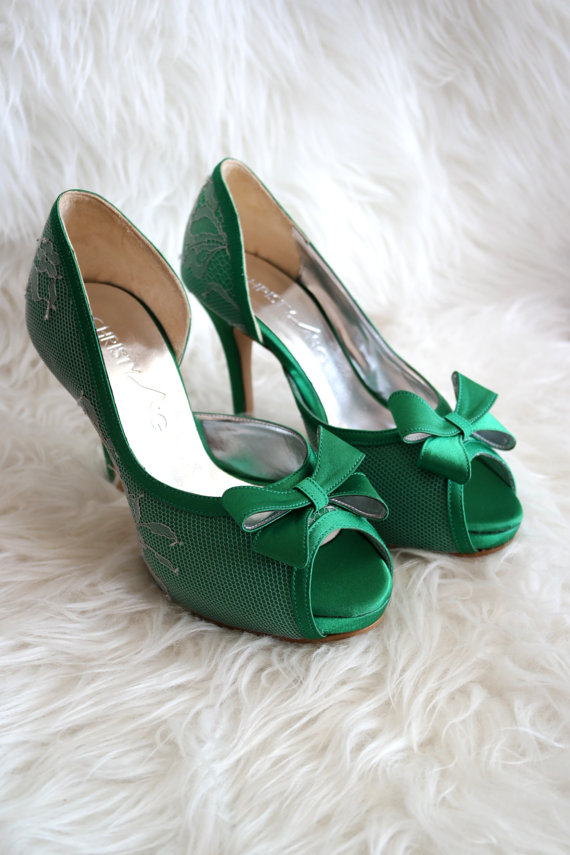 green wedding shoes blog photo - 1
