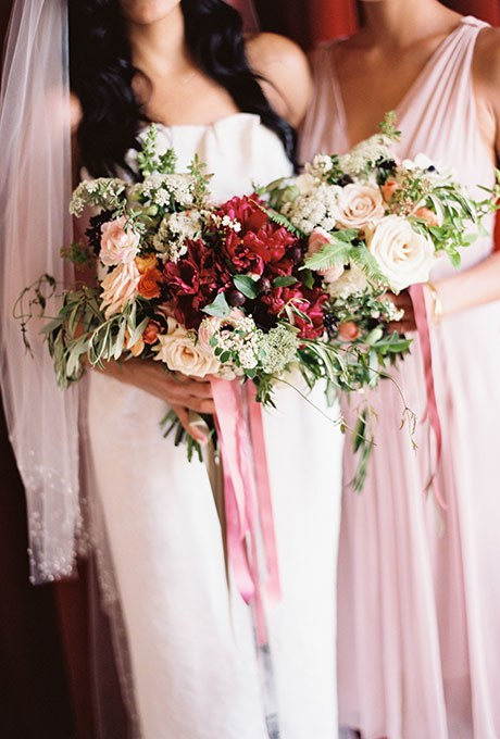 greenery wedding bouquets photo - 1